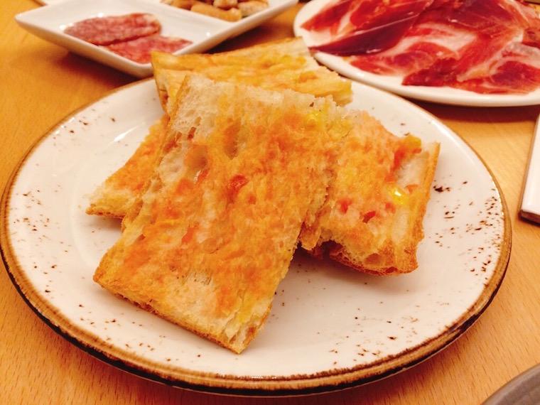 バルセロナ5Jのパンコントマテ