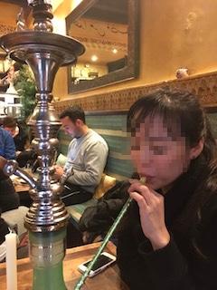 グラナダのアラブ人街の水タバコ