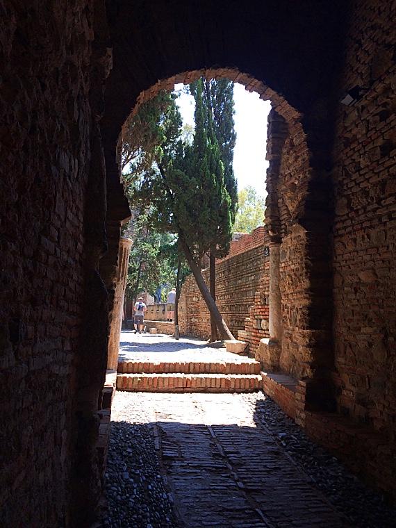 マラガのアルカサバの入り口
