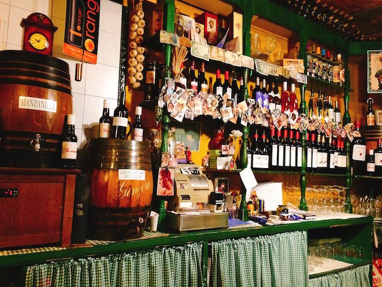 トリアナのバル「La Antigua Abacería」のワイン