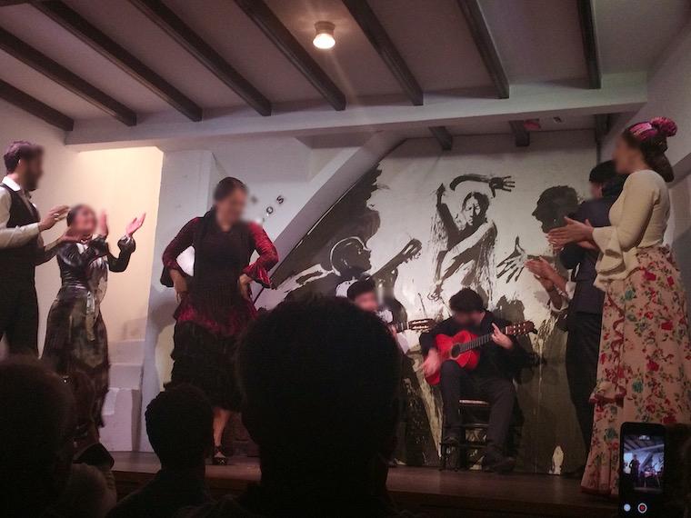 セビリアのタブラオ「Los Gallos」のショー