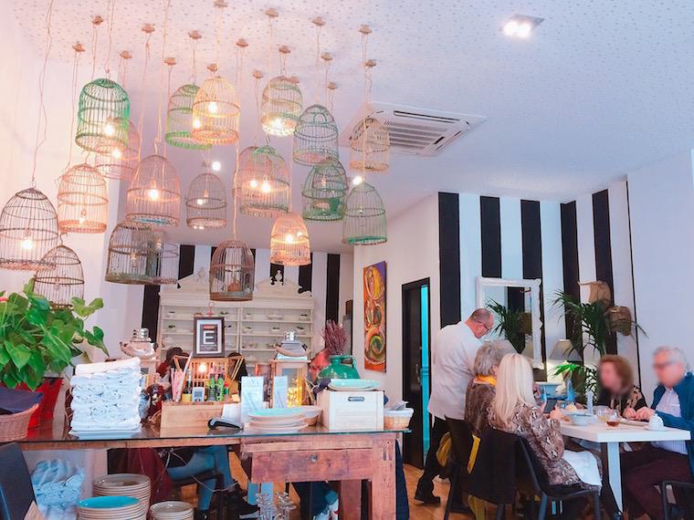 セビリアのレストラン「Velouté」の店内