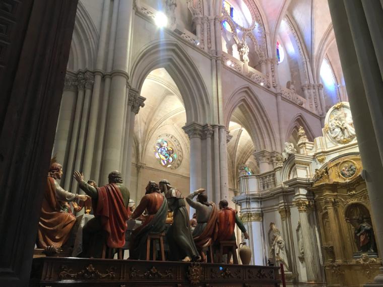 クエンカ大聖堂の中