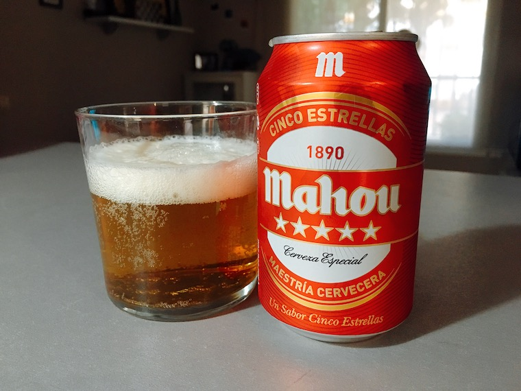 スペインのビール「Mahou」5エストレージャスの缶ビール