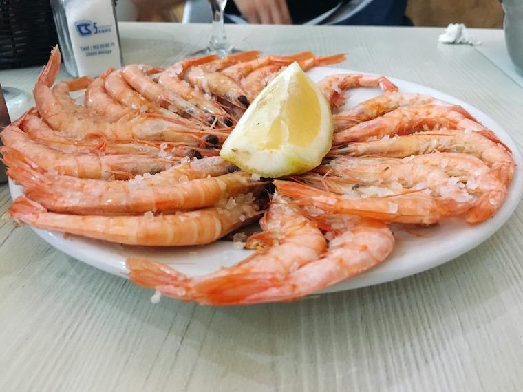 マラガのシーフードレストラン「Casa Vicente」の海老
