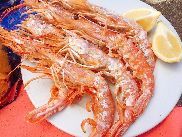リンコン・デ・ラ・ビクトリアの海老の串焼き