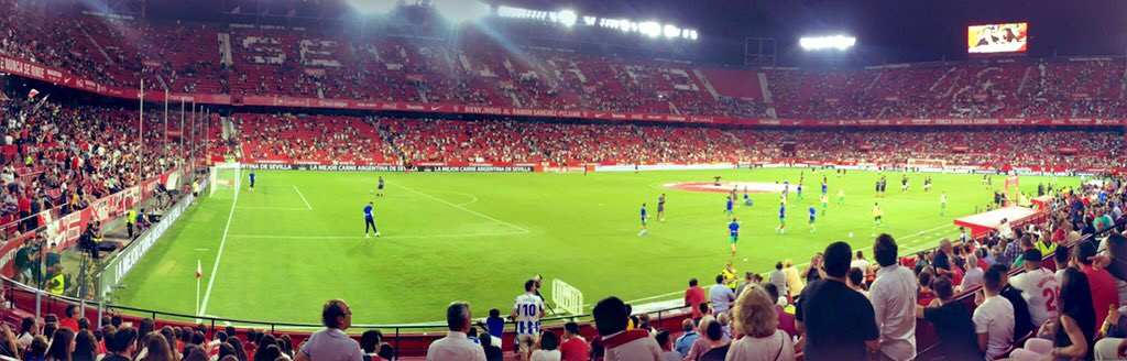 セビージャFCのラモン・サンチェス・ピスフアン・スタジアム
