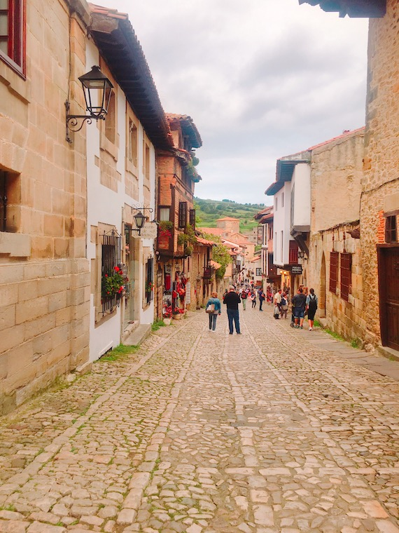 サンティリャーナ・デル・マルの村