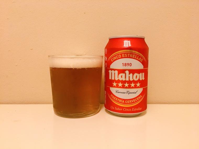 スペインの缶ビール マオウシンコエストレージャス「Mahou 5 estrellas」