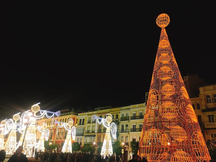 セビリアのクリスマスイルミネーション2019サンフランシスコ広場