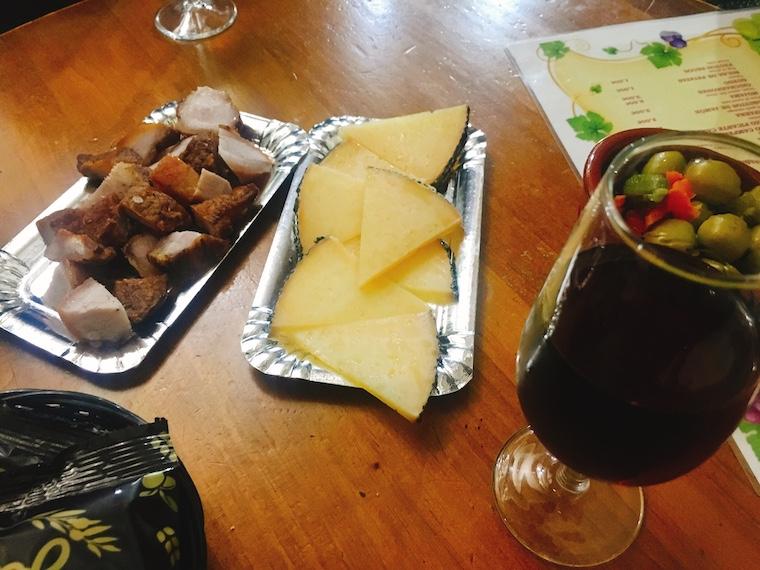 ヘレスのタバンコ「vinoteca jerezana」のタパス