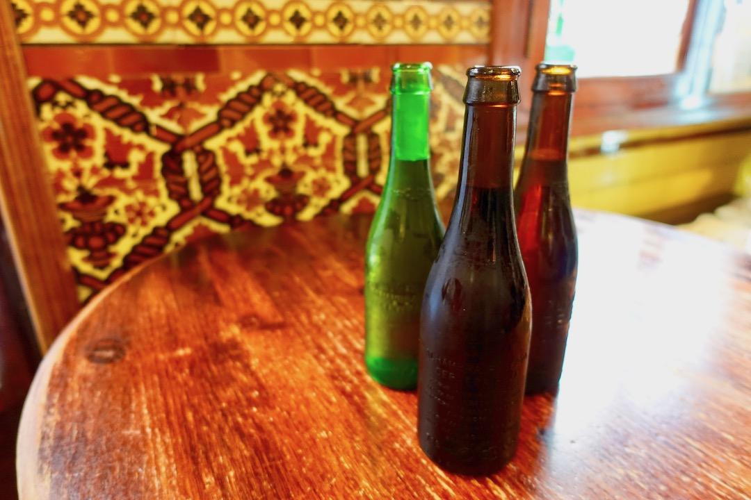 グラナダBodegasCastanedaのアルハンブラビール