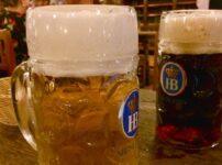 ミュンヘンの『ホフブロイハウス』でビールとソーセージとシュニッツェル【2018旅行記】