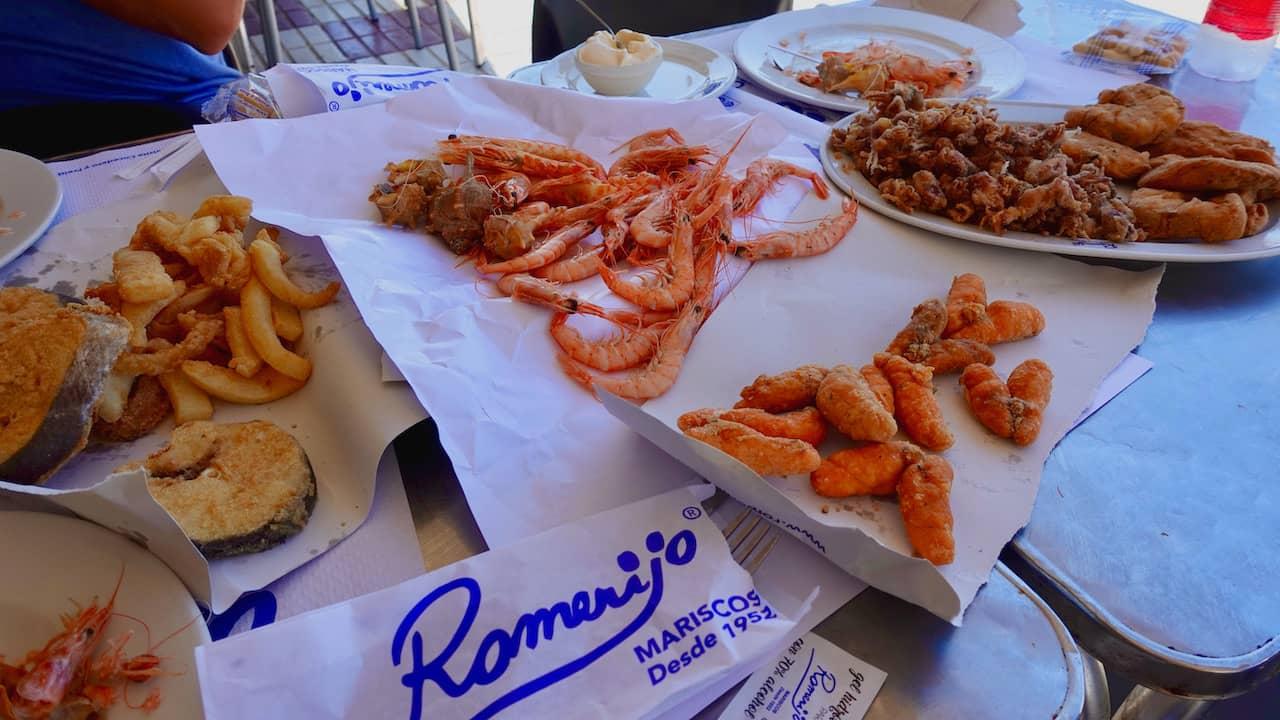プエルト・デ・サンタマリアの魚介類のフライ『Romerijo』